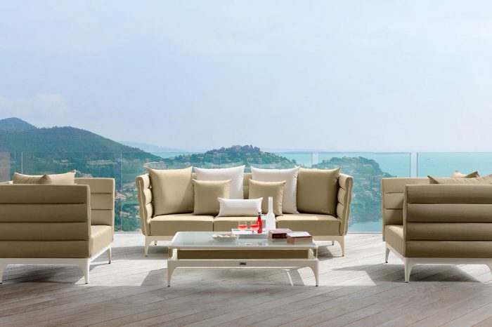 Terrace with outdoor furniture: proyect 1