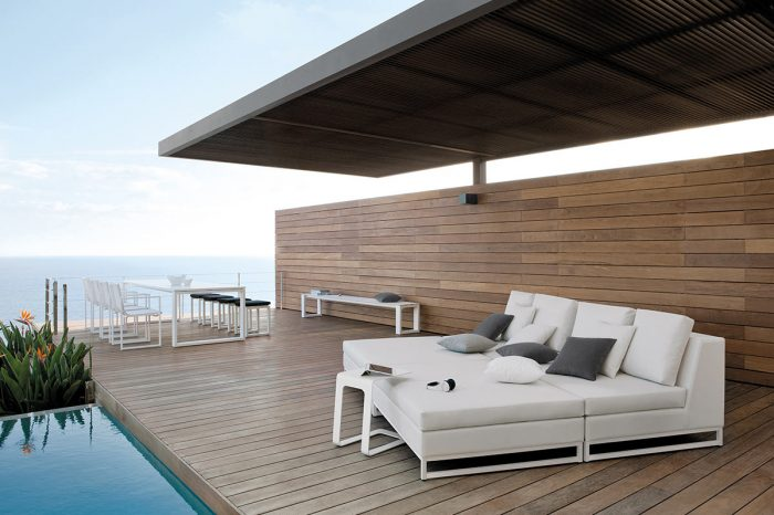 Terrace with outdoor furniture: proyect 4